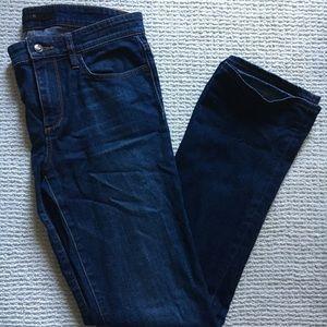 CAITLIN: joe's jeans. size: 29. fit: bootcut